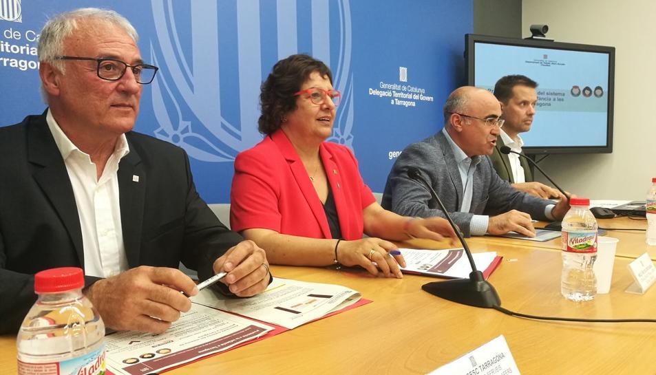 La consellera Bassa a la roda de premsa de presentació de les principals novetats en l'atenció a infants a Tarragona.