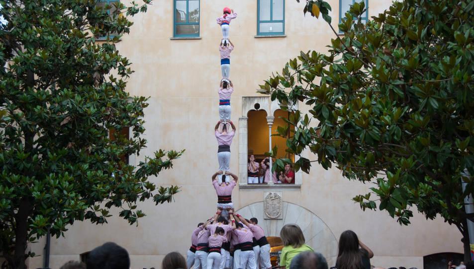 Pilar de 7 amb folre dels Xiquets de Tarragona a La Selva del Camp.