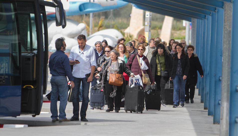 L'Aeroport espera tancar 2017 amb més d'un milió de passatgers.