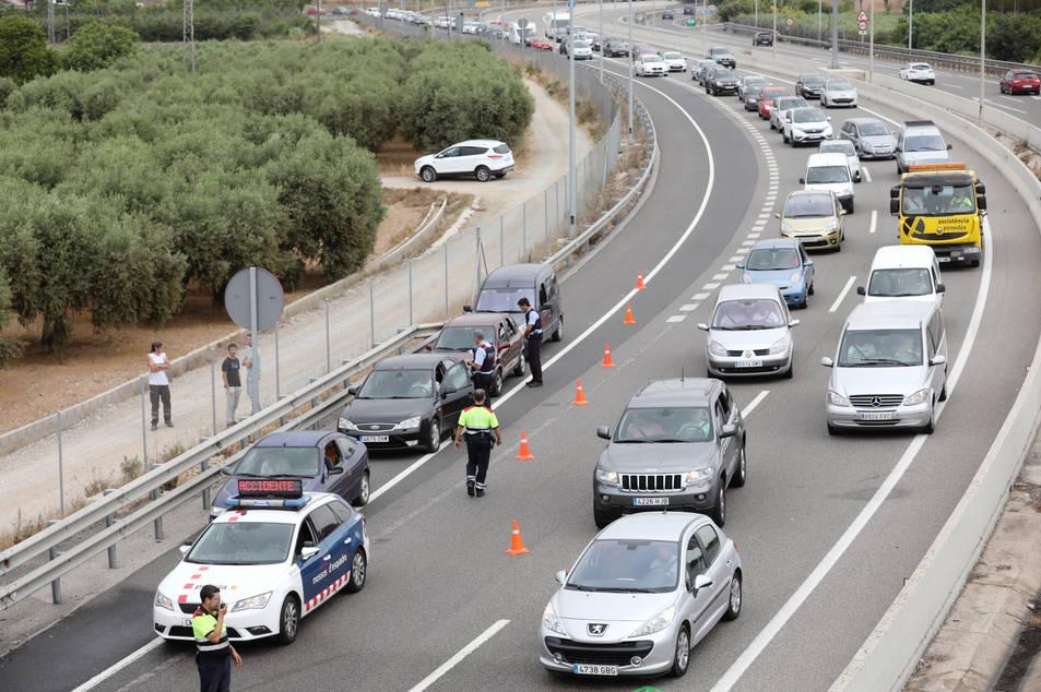 L'accident ha provocat llargues cues a l'entrada de Tarragona.