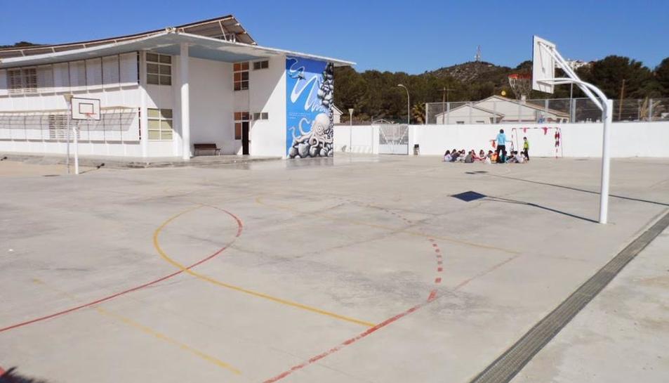 L'escola Mossèn Cinto Verdaguer és un dels centres de primària inclosos al projecte.