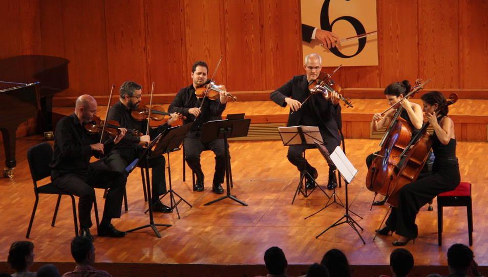 Pla general de l'Orquestra Da Camera Ensemble actuant al 36è FIMPC.