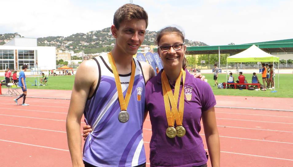 Mireia López, campiona en els 100 metres tanques i 200 metres llisos juvenils, i Jan Sans, subcampió en els 110 metres tanques.