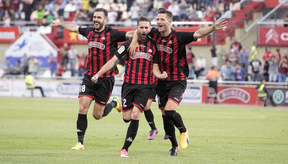 Alberto Benito celebra el gol anotat aquest diumenge.