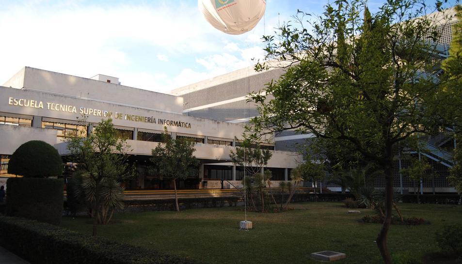 Imatge d'una de les facultats de la Universidad de Sevilla.
