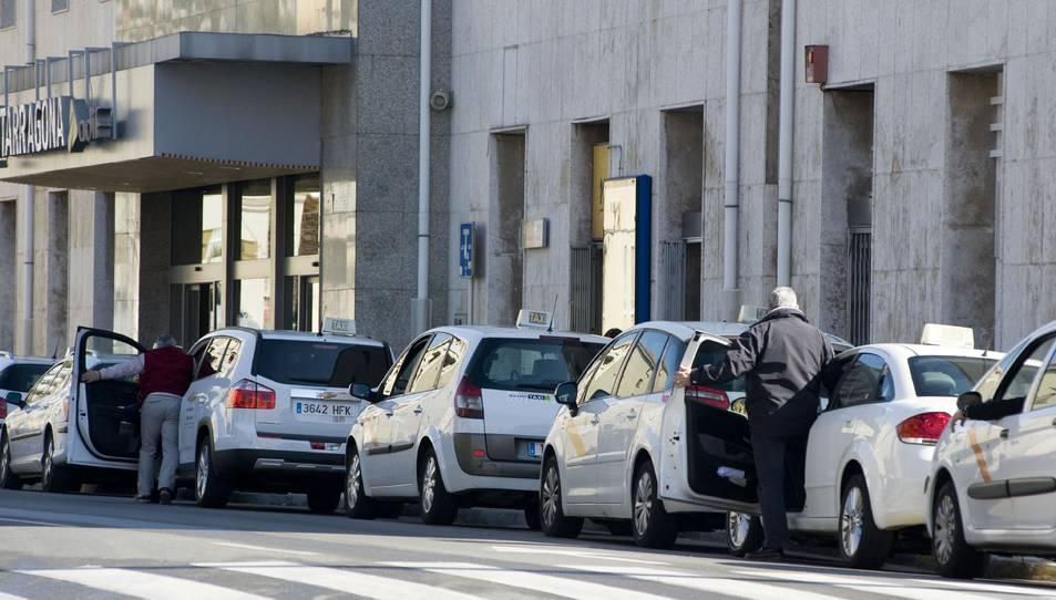 La problemàtica se centra a l'estació d'autobusos, però també s'han donat casos a l'estació de tren.