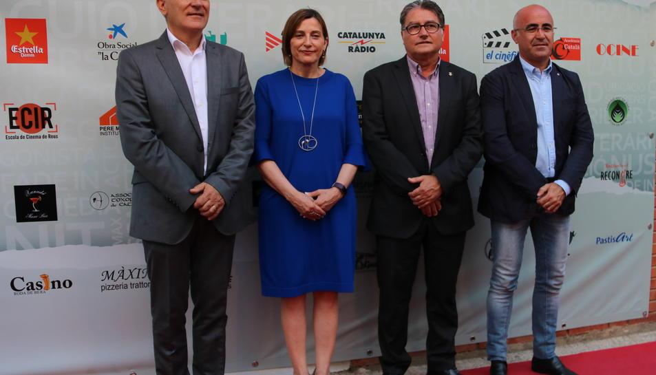 Pla obert del director del FIC-CAT, Antonio Barrero; amb la presidenta del Parlament; Carme Forcadell; l'alcalde de Roda de Berà, Pere Virgili; i el delegat del Govern a Tarragona, Òscar Peris, a la cloenda del FIC-CAT. Imatge de l'11/06/2017