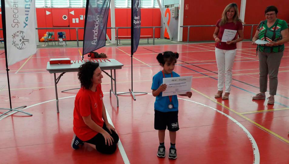 Els petits participants han rebut el seu diploma i medalla acreditant que han format part del programa.