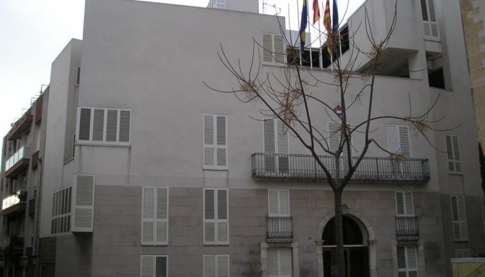 Imatge de la façana de l'Ajuntament de Vila-seca.
