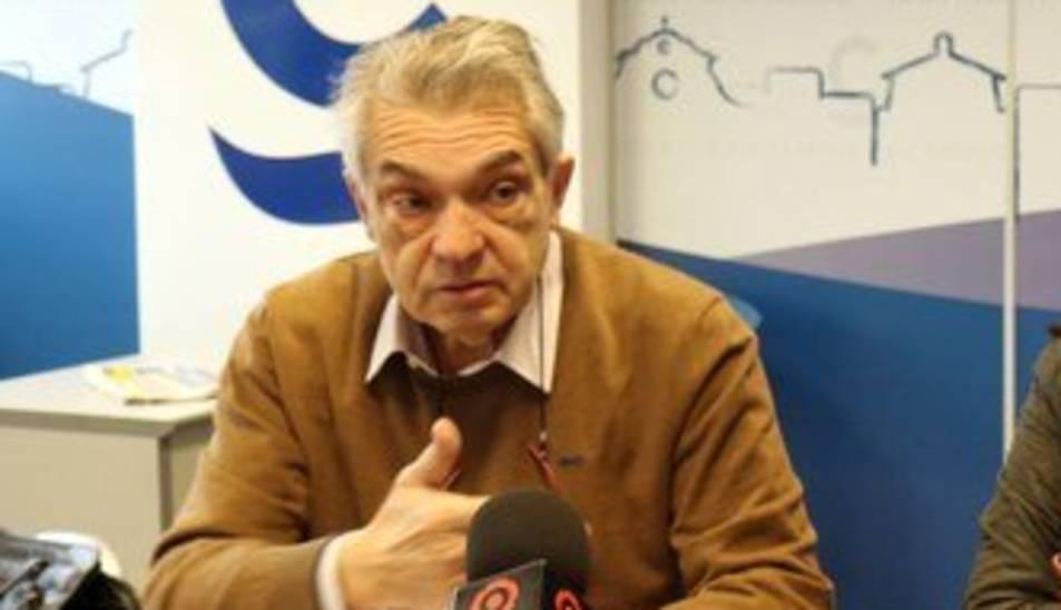 Antoni Mas, a l'esquerra, durant la presentació del festival el gener d'a
