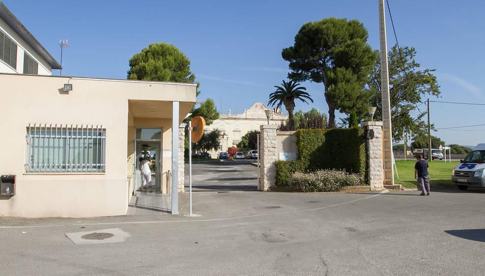 L'accés a les instal·lacions de Villablanca.