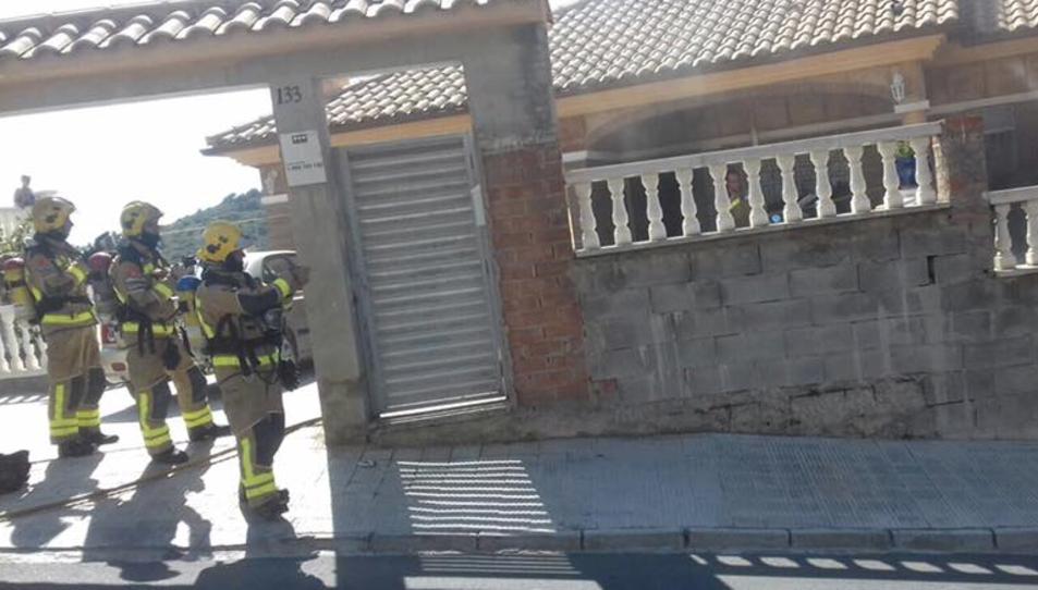 El foc ha estat causat per dues deflagracions.