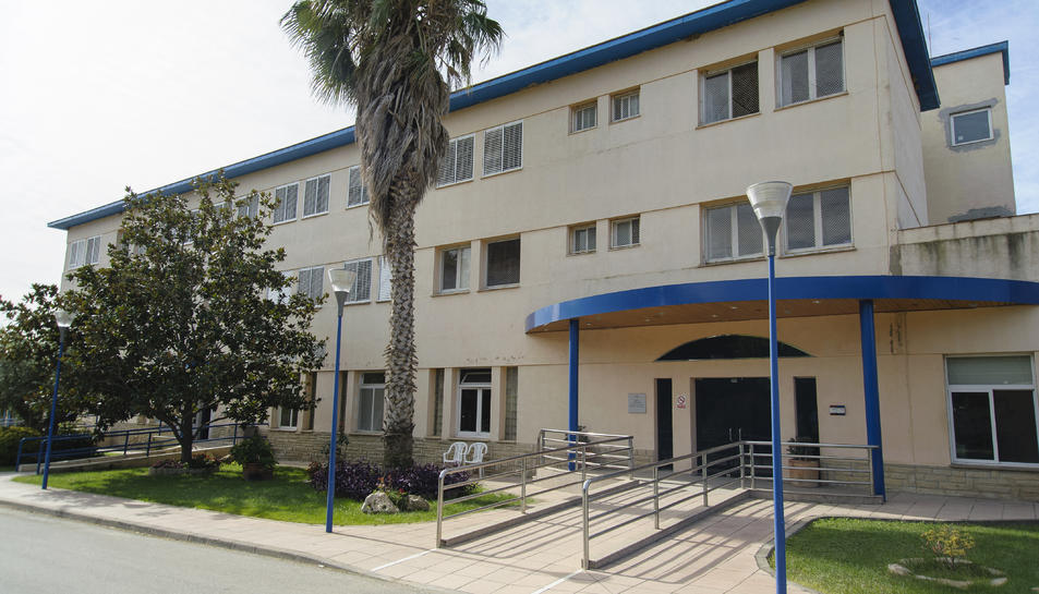 Imatge del Centre Bellissens, que acull les residències Garbí i Mestral.