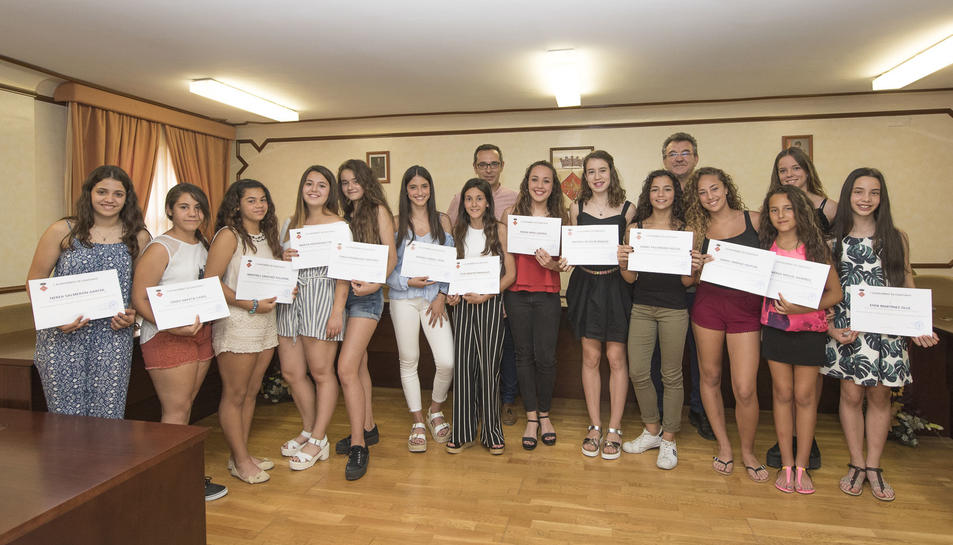Les esportistes van rebre un diploma commemoratiu i un obsequi de part de l'Ajuntament.