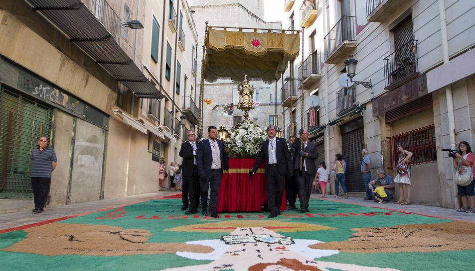La processó de Corpus amb les catifes de flors