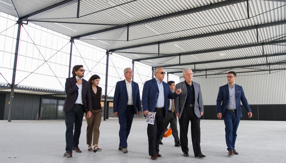 Alejandro Blanco va visitar el pavelló acompanyat de Josep Fèlix Ballesteros i Josep Poblet.