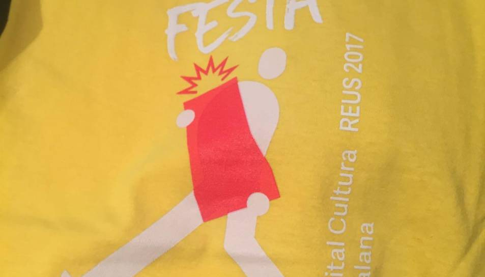 Els articles es poden trobar a la botiga de la Festa Major, a la plaça del Castell.