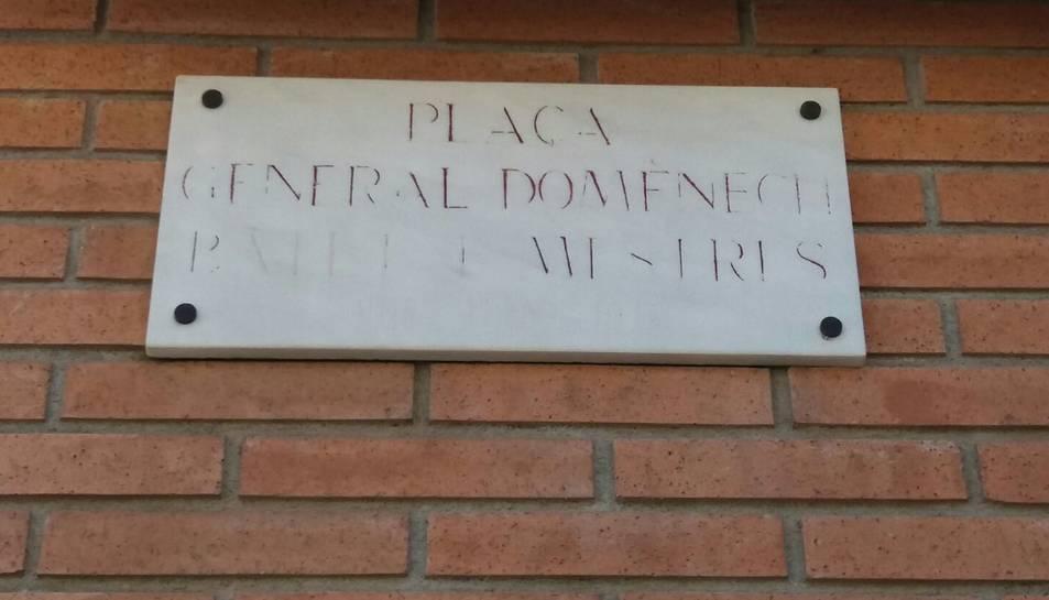 Els cognoms del General Domènech són il·legibles.