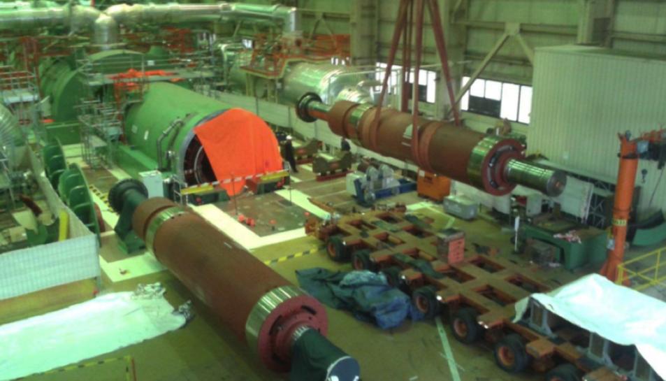 Imatge dels treballs de substitució del rotor de l'alternador.