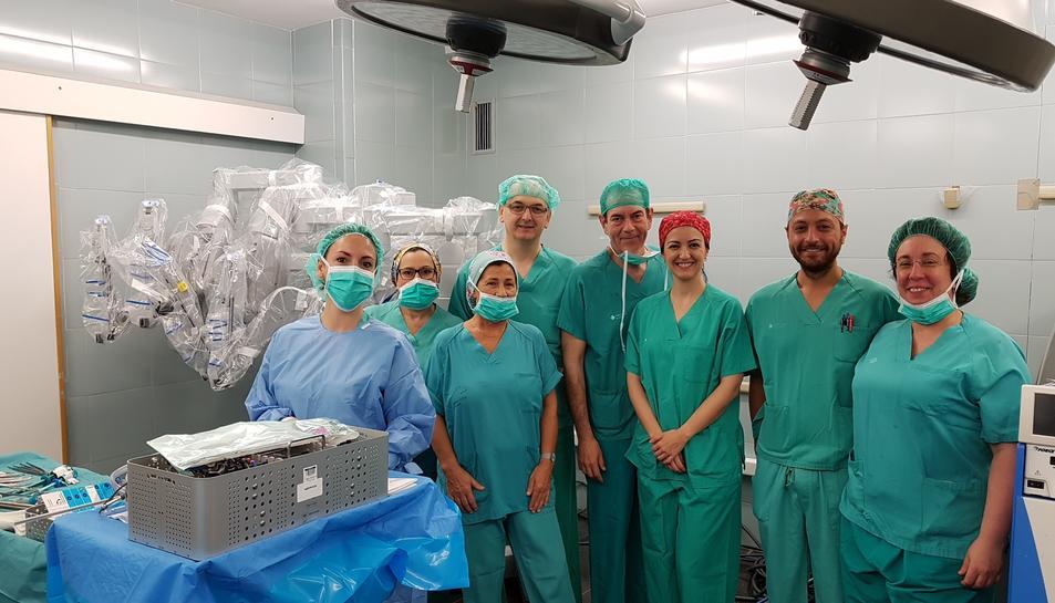 L'equip de cirurgia robòtica de l'Hospital Joan XXIII de Tarragona.