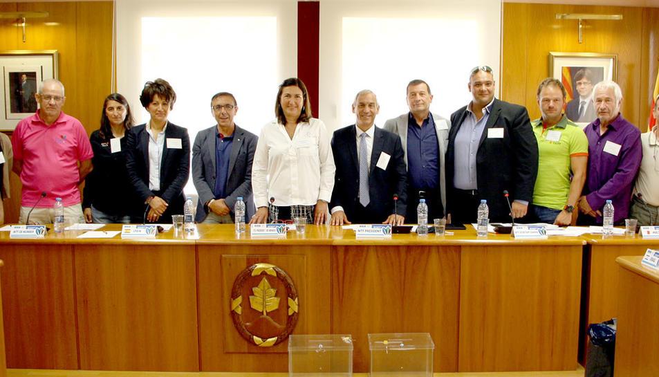 Imatge del Comité de l'associació de fdederacions del Mediterrani de Triatló.