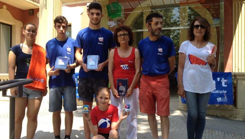 Presentació del merxandatge de la campanya del Mulla't 2017 a Mas Sabater de Reus.