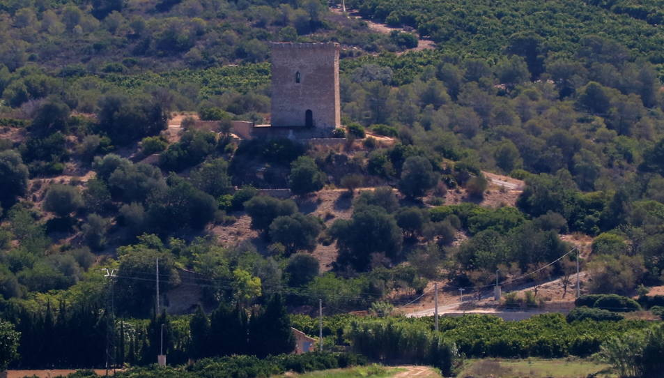 Pla general de la torre de Font de Quinto des del sostre de la torre de la Carrova.