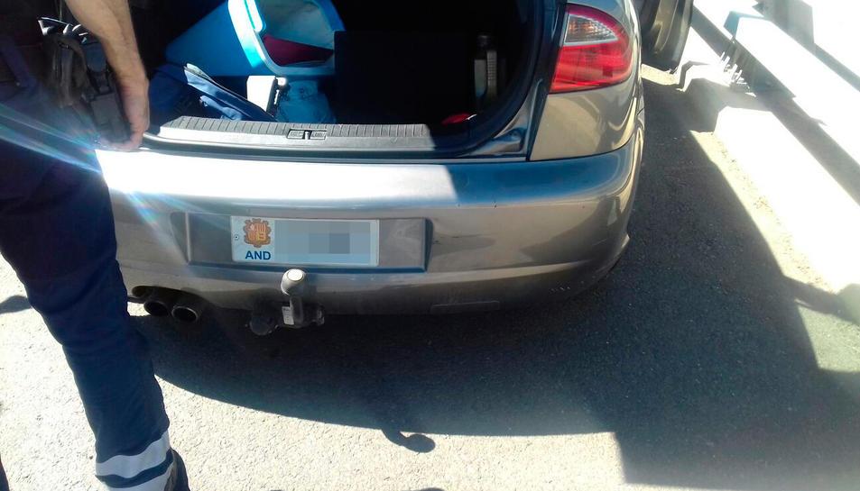 El conductor, de nacionalitat andorrana, va intentar fugir d'un control de drogues.