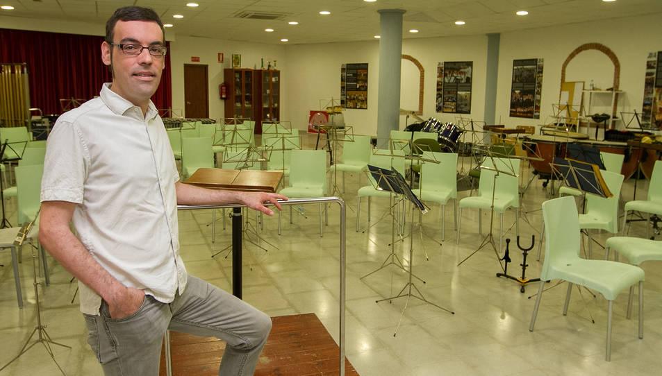 Oscar Miguel Losada dirigeix la banda de música des de l'any 2011.