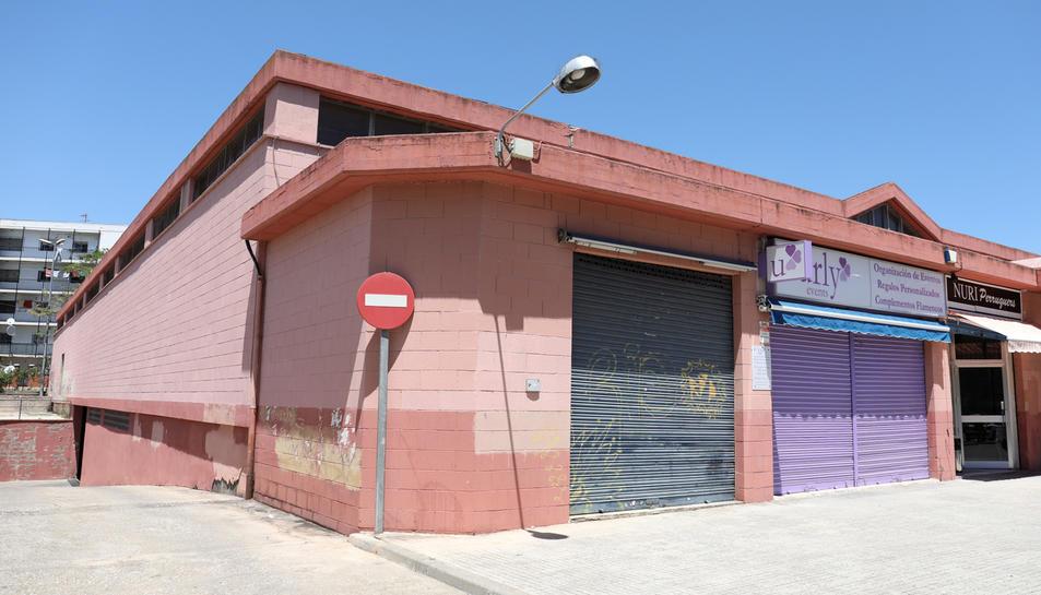 La biblioteca de Torreforta s'ubicarà a la part en desús del Mercat del barri, situada a l'esquerra.