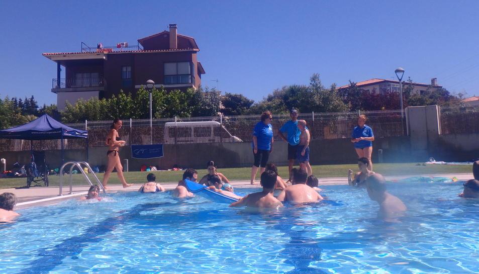 Els participants van poder gaudir d'activitats aquàtiques i musicals.