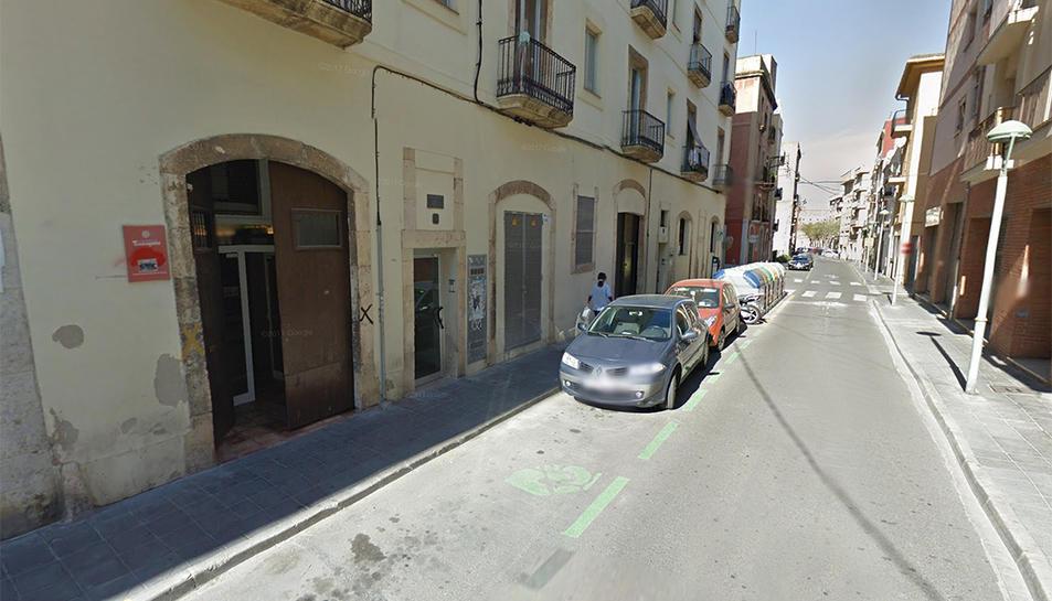 El centre d'atenció dels sense sostre està ubicat al carrer Smith de Tarragona.