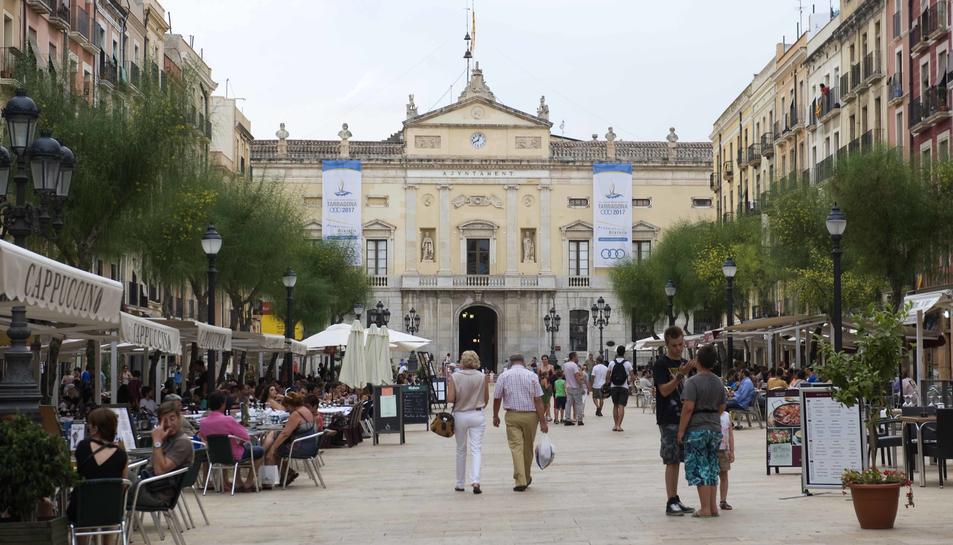 Imatge de la façana de l'Ajuntament de Tarragona, el pitjor valorat de Catalunya.