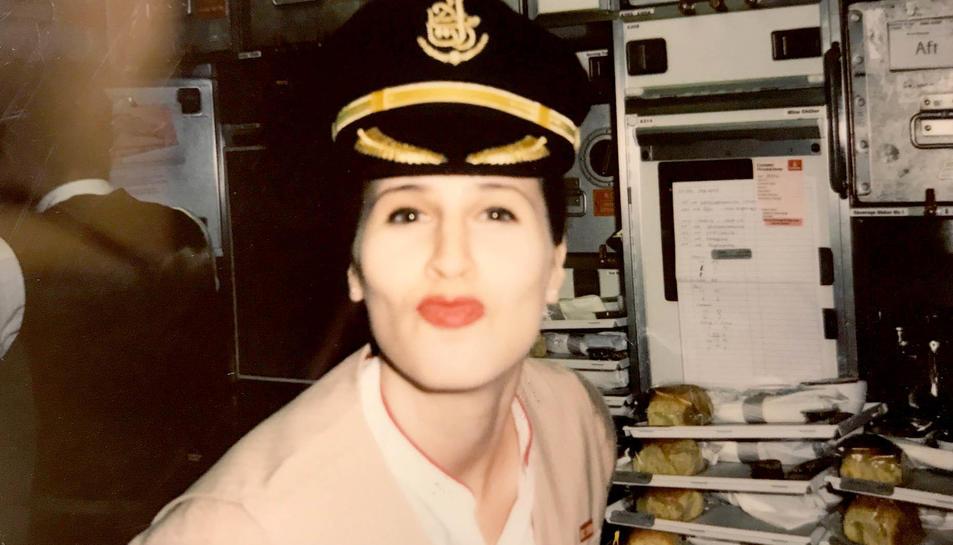 Ana Clara Gil do Canto, amb la gorra del capità de l'avió.