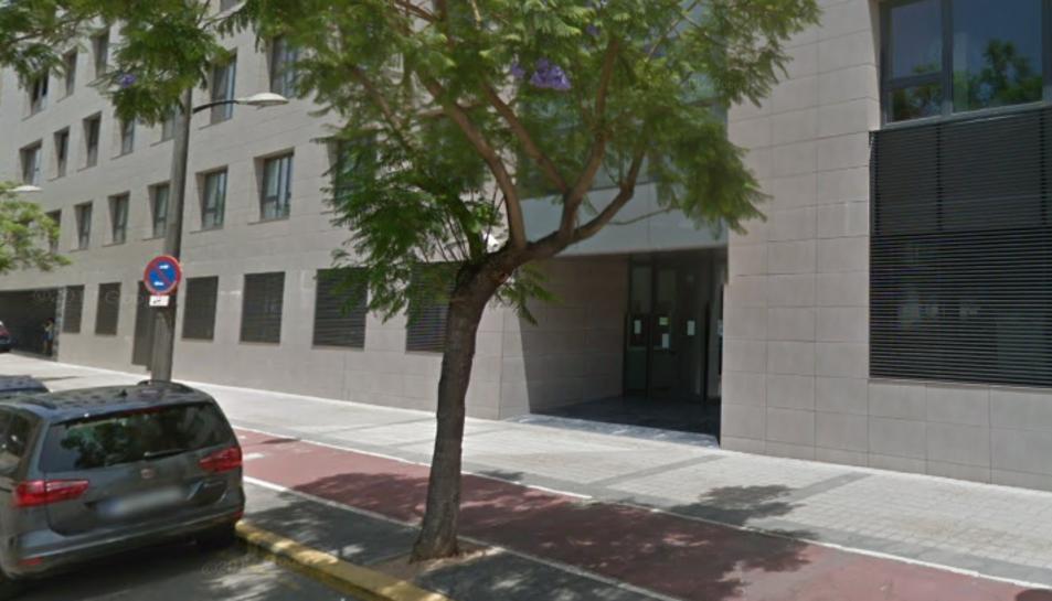 Imatge de la façana del Jutjat de Paterna.