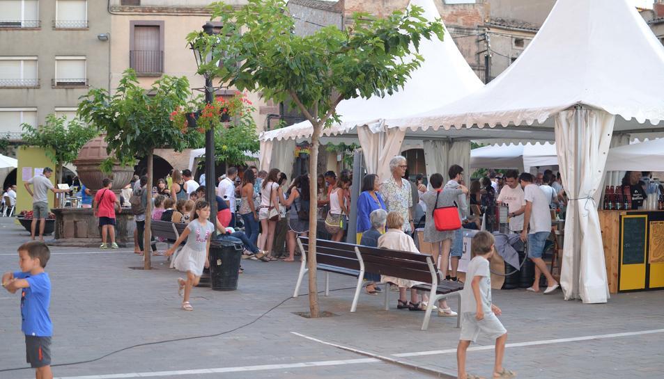 La localitat de Prades, al Baix Camp, celebra la quarta edició dela Fira del Vi i el Cava.