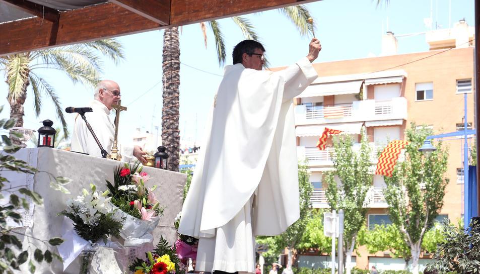 Un moment de la missa, al Serrallo.