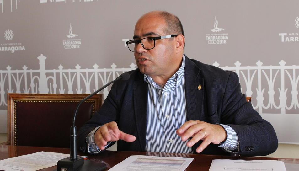 Josep Maria Prats durant la presentació del Pla de Biblioteques.