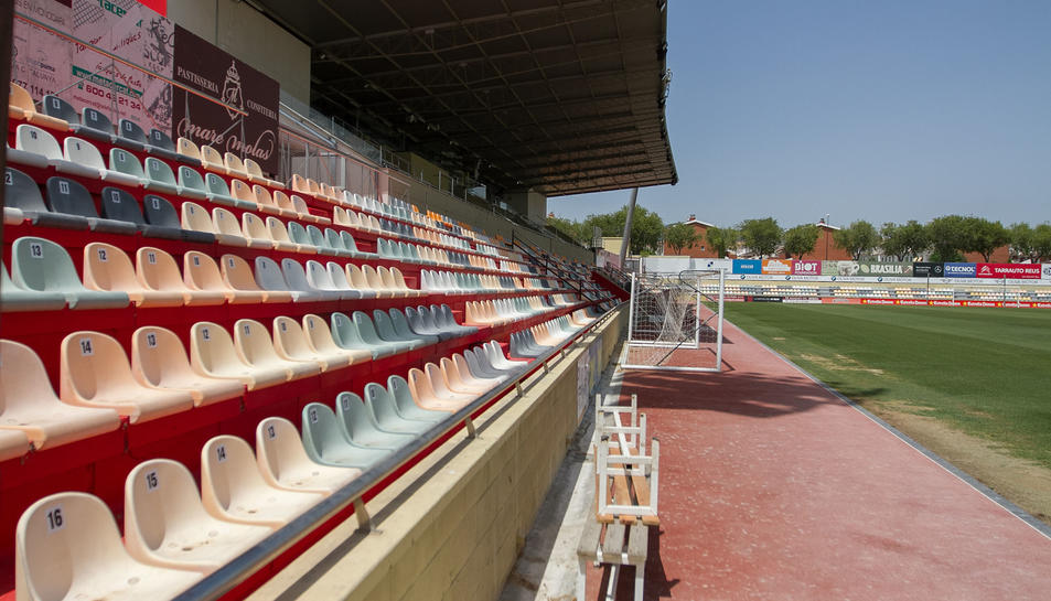 Els seients de l'Estadi Municipal de Reus ja estan numerats, tal com demana la normativa de la LFP.