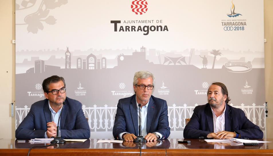 José Luis Martín, Josep Fèlix Ballesteros i Pau Pérez durant la roda de premsa.
