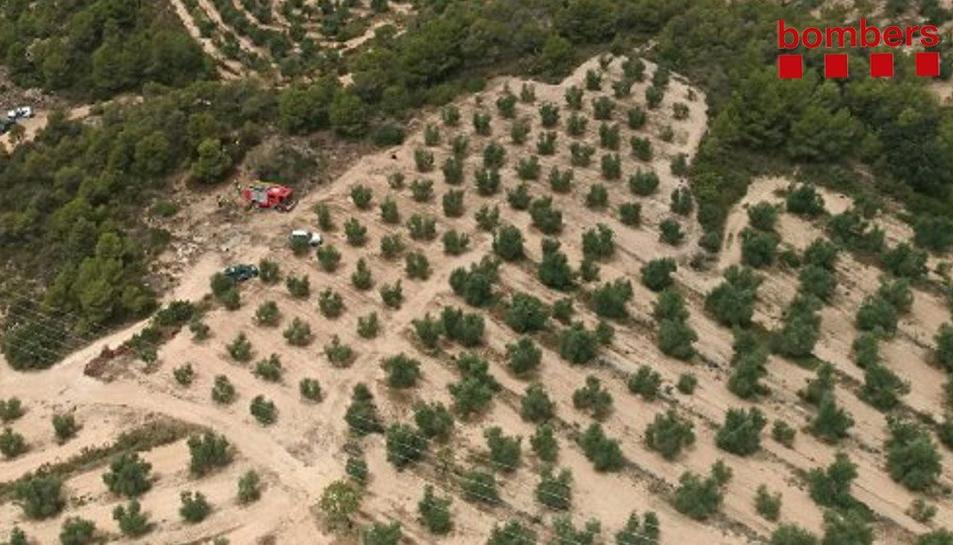 Una imatge aèria dels Bombers al lloc de l'incendi