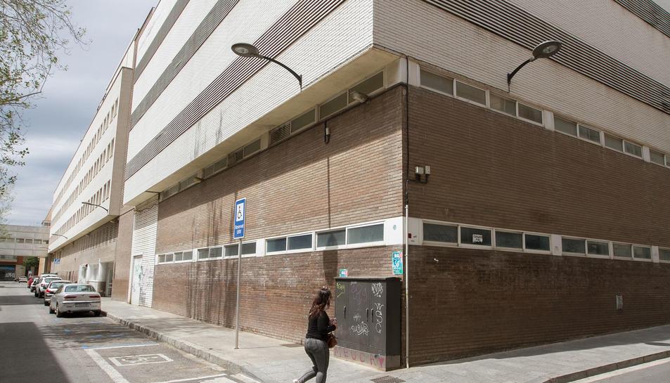 L'edifici on es preveu instal·lar l'activitat del  centre.