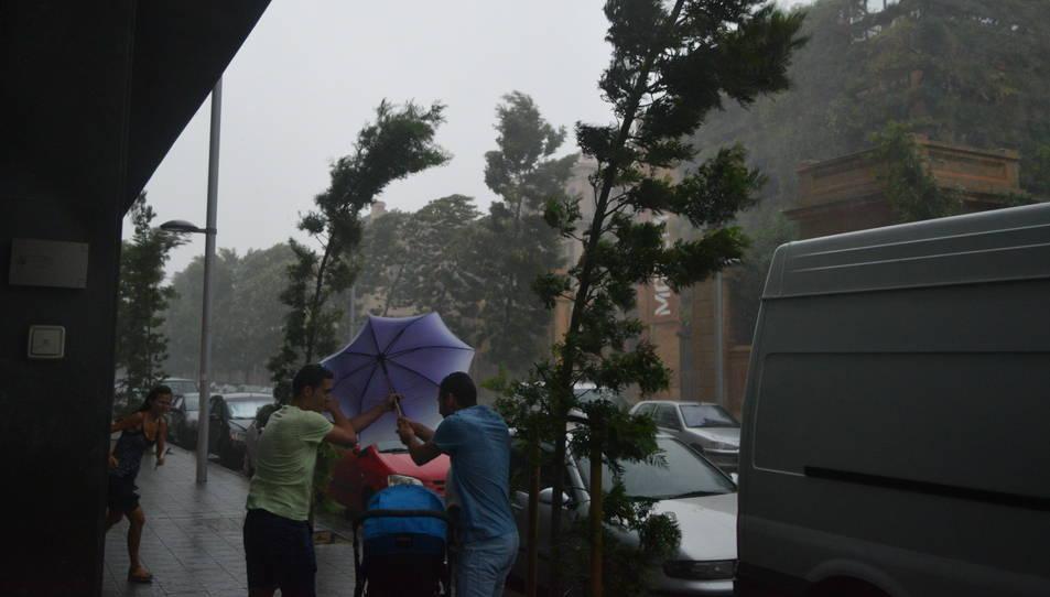 Les fortes pluges han anat acompanyades de vent.