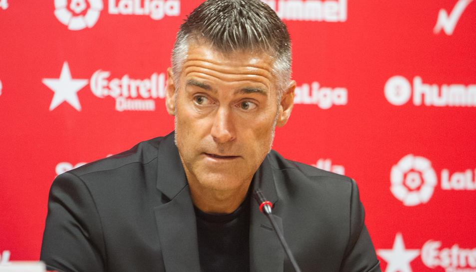 Imatge d'arxiu de l'entrenador del Nàstic, Lluís Carreras.