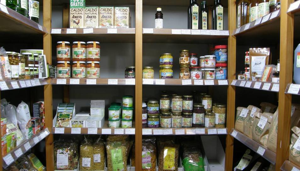 Al Brot venen aliments i productes d'higiene.