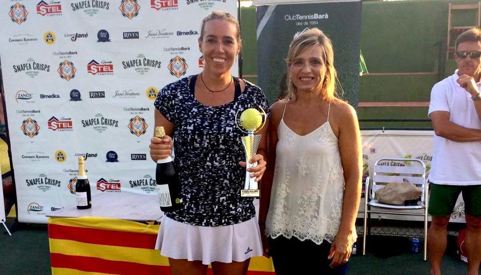 Laura Pous guanyadora en categoria femenina de l'Open d'Estiu Tennis Barà.