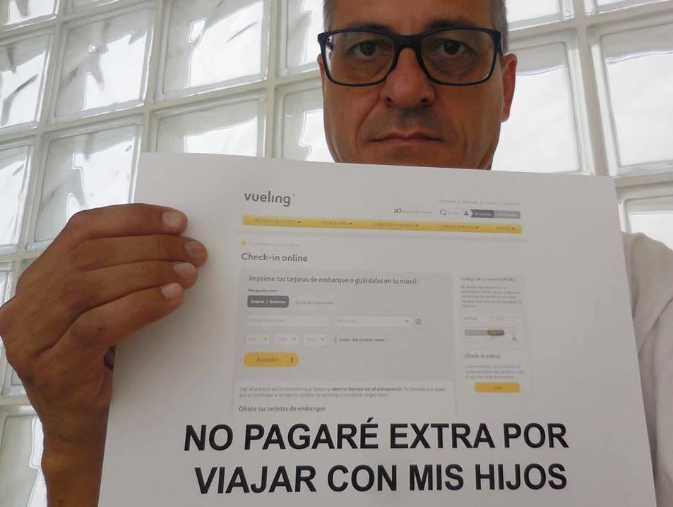 Unes 10.500 persones han compartit la història difosa per Carles Romero al seu perfil de Facebook.