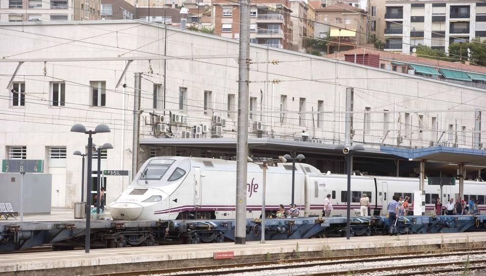 Imatge de l'estació de trens de Tarragona, que canviarà d'aspecte totalment a finals d'any.