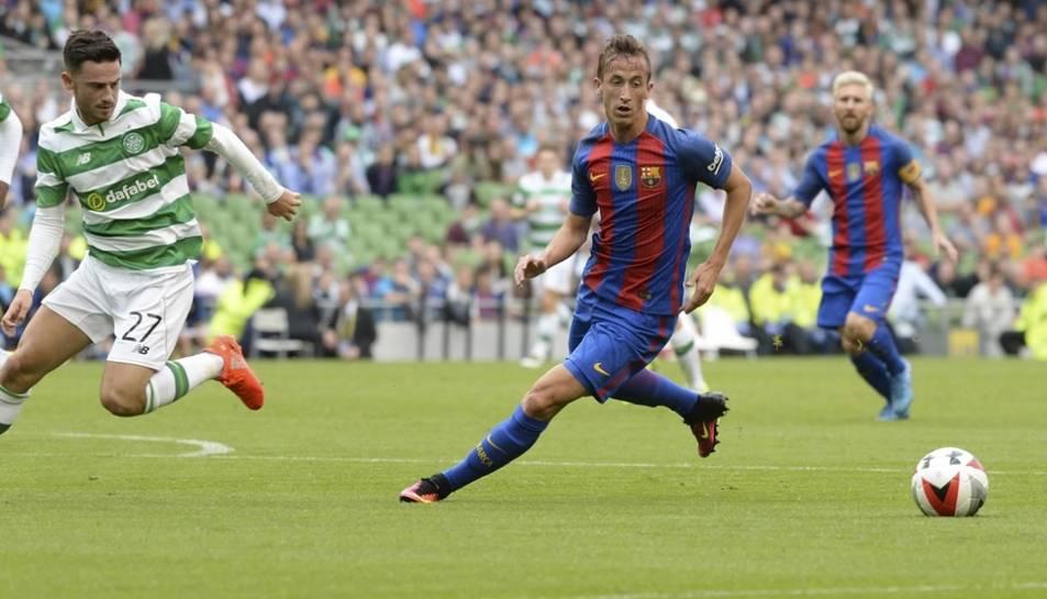 Juan Cámara jugant amb el primer equip del Barça en un partit amistós contra el Celtic de Glasgow.