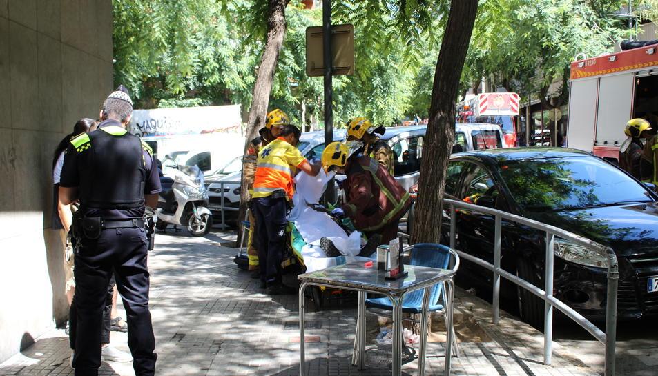 L'explosió hauria provocat un mínim de tres persones ferides.
